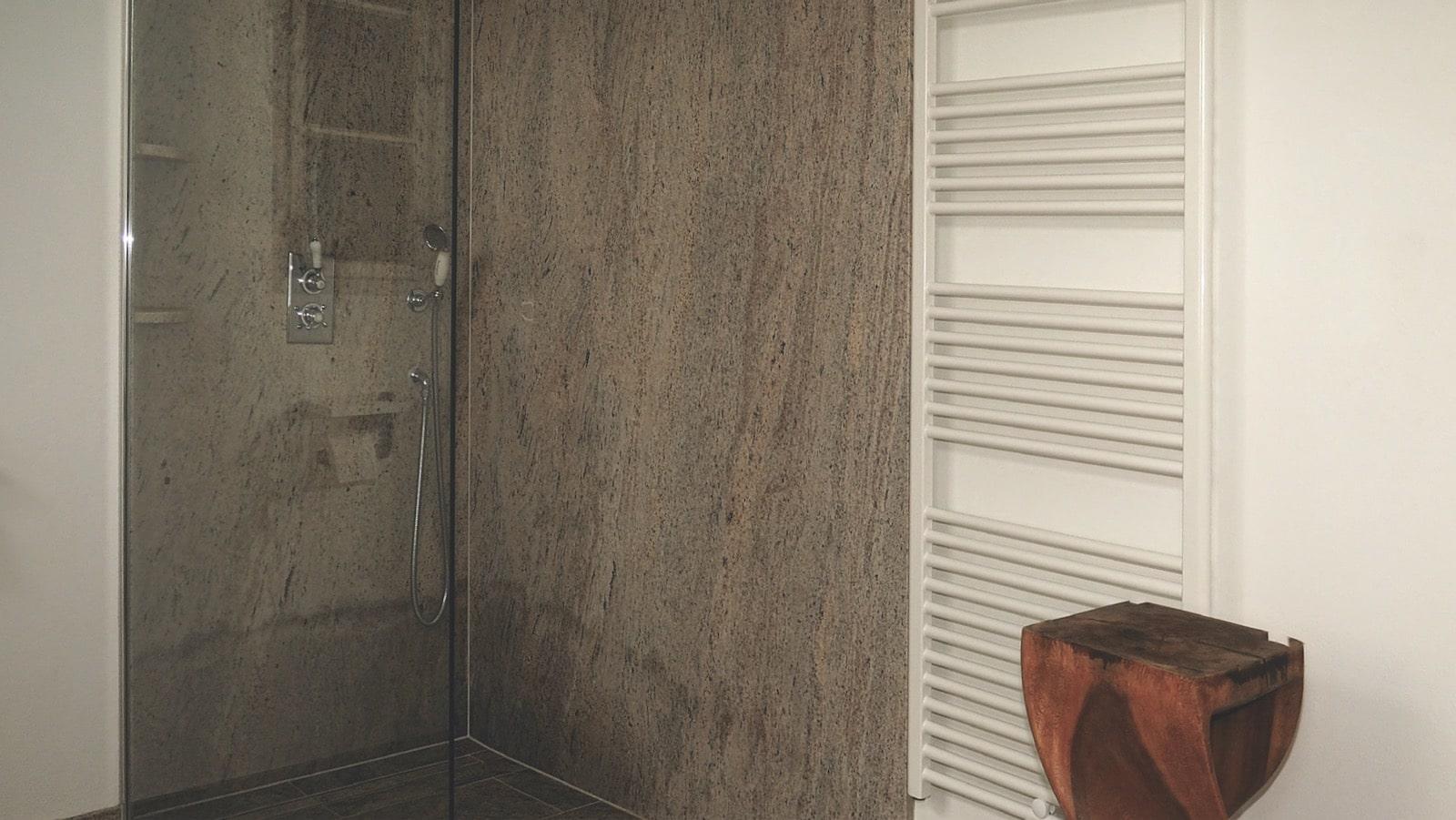 Alte Schmiede Bad - Dusche
